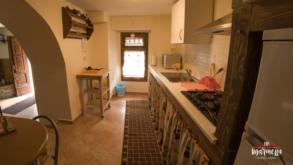 cucina-appartamento-gioia-farindola