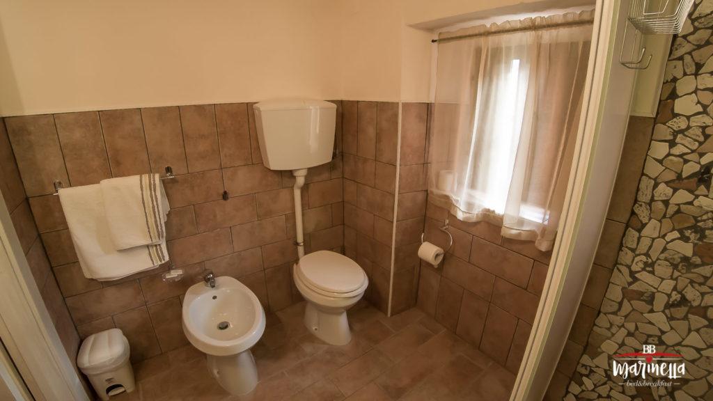 Bagno appartamento Gioia sanitari